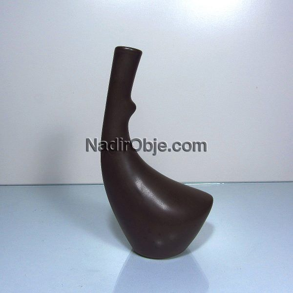 Sıradışı Formda Vazo Seramik-Porselen Objeler Karanfillik