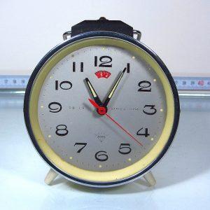 Çalar Saat Mekanik-Elektrikli Objeler Kurmalı