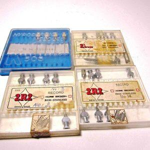 4 Kutu Muhtelif Enjektör İğneleri Diğer Objeler 2R2