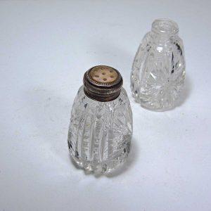 2 Adet Kristal Tuzluk Cam-Taş Objeler Gümüş
