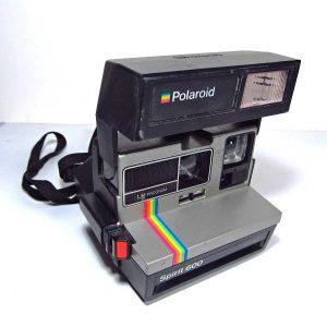 Polaroid Fotoğraf Makinası Mekanik-Elektrikli Objeler Dakikalık