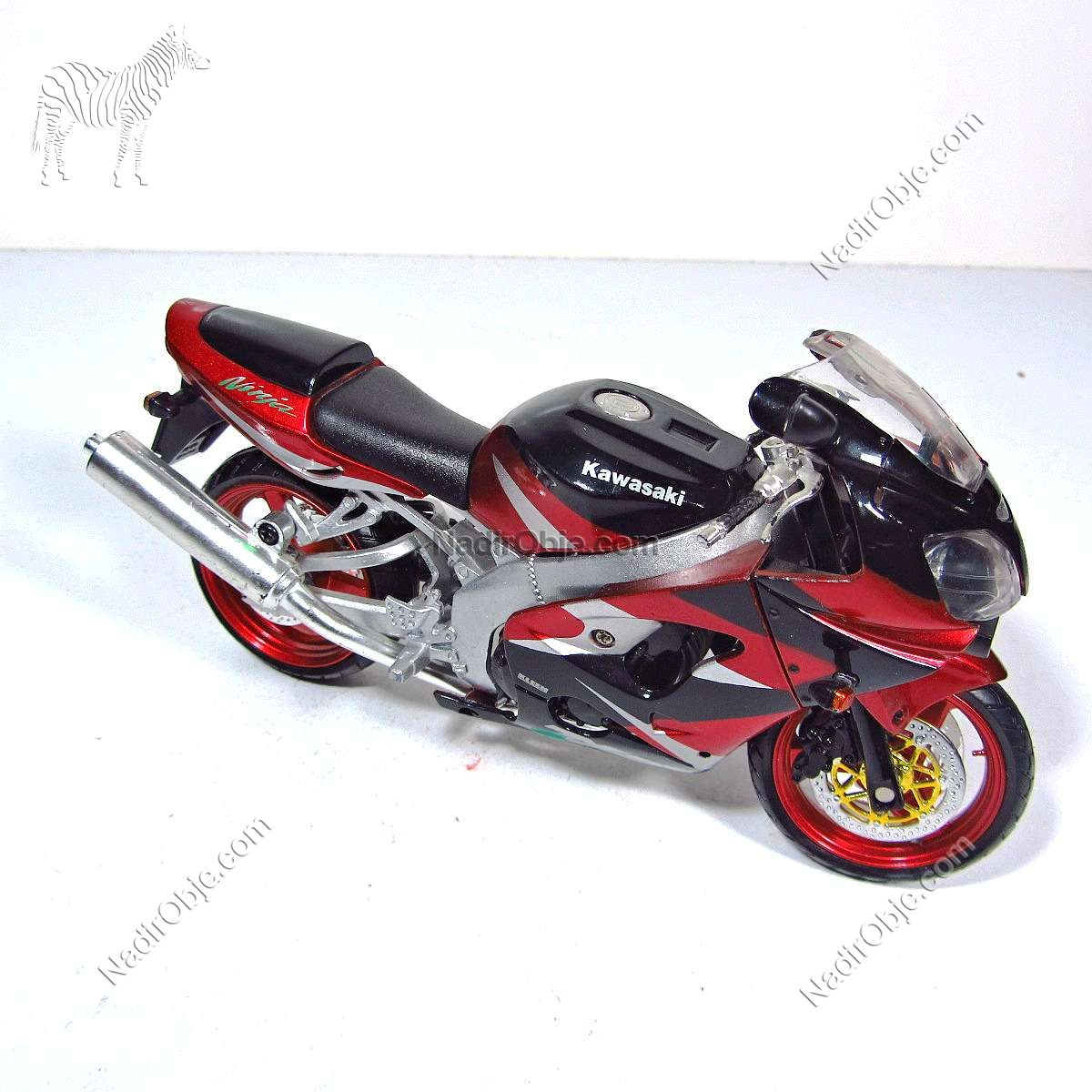 Kawasaki Motorsiklet Mekanik-Elektrikli Objeler Kawasaki