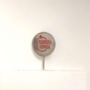Narodna Armija Rozet – N2077 Metal Objeler Lapel Badge
