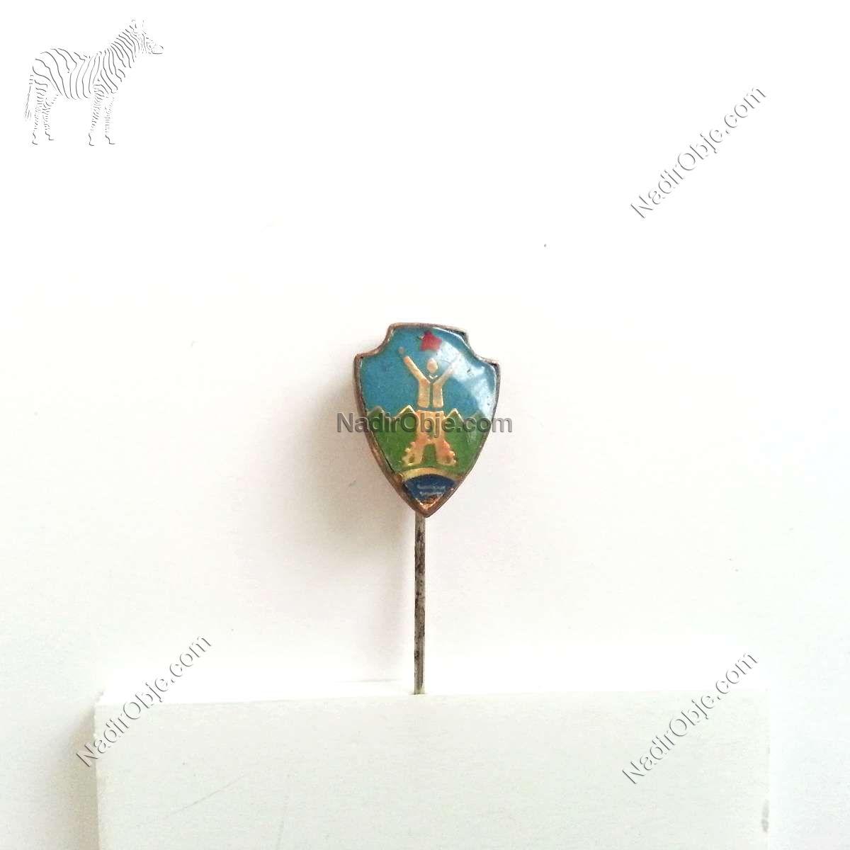 Aurea Celje Rozet – N2100 Metal Objeler Lapel Badge