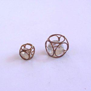 2 Adet Tıkılı Mücevher Metal Objeler Küp