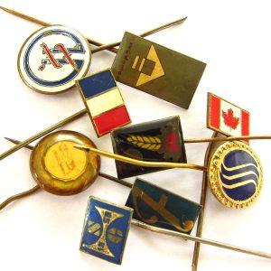 9 Farklı Eski Rozet Metal Objeler Lapel Badge